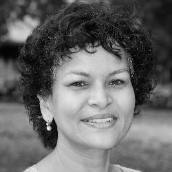 Dr Amita Baviskar (002)